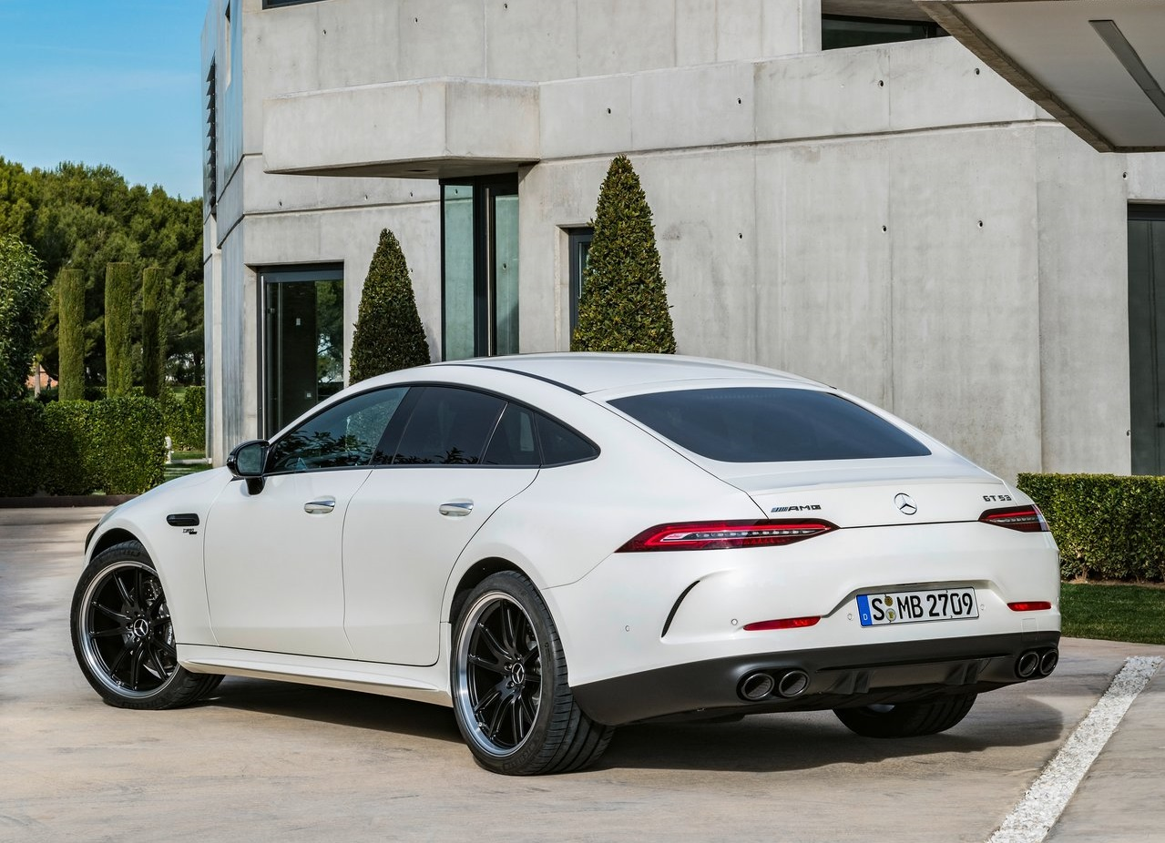 Mercedes benz Amg gt 4 door coupe